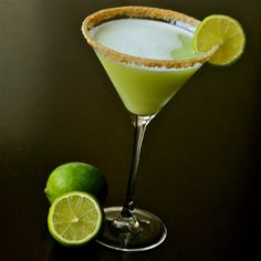KEY LIME PIE MARTINIS -- pineapple juice, Pinnacle Whipped Vodka, KeKe Beach Key Lime Liquor, lime, ice, graham crackers