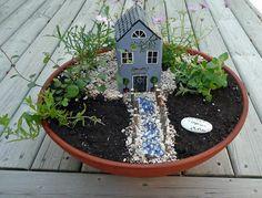 that artist woman: How to Make a Miniature Garden