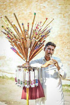 Flute seller Punjab Pakistan