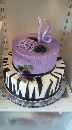 sweet 16 birthday cake.