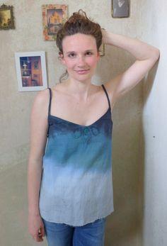 ein selbstgefärbtes Top aus Bio Baumwolle- all handmade! von EmmyLou http://de.dawanda.com/shop/emmylou