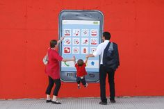"""Murata realizzata a Napoli dall'Associazione Arteteca dedicata al paragrafo del Bilancio di Sostenibilità di Vodafone Italia """"Agenda Digitale"""" http://voda.it/XNmaXx"""