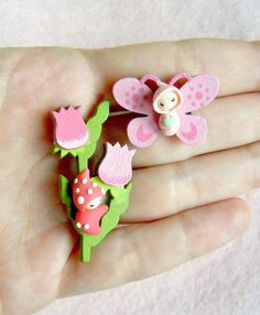 Two tiny brooches  the flower pixie and the por MijbilCreatures, $23.00