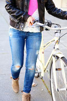 Cute distressed jeans tutorial
