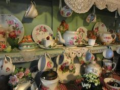 http://nostalgiaatthestonehouse.blogspot.co.uk/