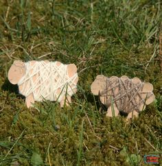 Recycle empty cereal boxes into these cute lambs! It's an easy project that helps kids develop fine motor skills.