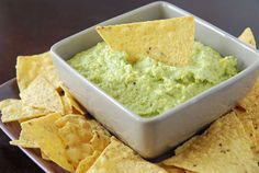 You won't believe that this guacamole is made with broccoli.