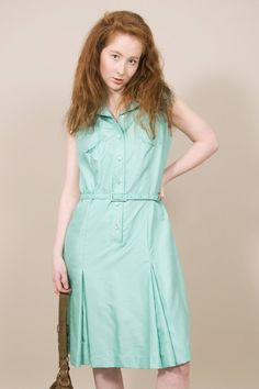 Mint slice // sleeveless vintage shirt dress in mint green