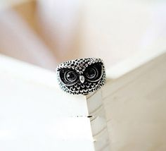$2.6 Vintage Retro Gothic Punk Rock Alloy Knuckle Unisex Rings Cut Owl Design http://www.eozy.com/vintage-retro-gothic-punk-rock-alloy-knuckle-unisex-rings-cut-owl-design.html