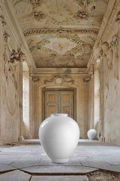 | Pirsc Porcelain Cher Vase | Ceramics
