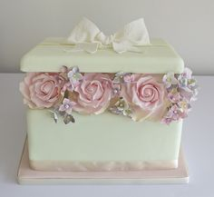 Box of Flowers Cake