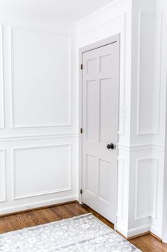Interior House Doors - Decoration Home Interior Door Colors, Grey Interior Doors, Painted Interior Doors, Door Paint Colors, Grey Doors, Painted Doors, Scandinavian Interior Doors, Painted Bedroom Doors, Interior Door Styles