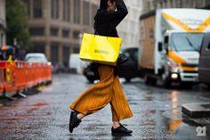 #Le21eme x #AdamKatzSinding   www.Le21eme.com   Snapchat  Le21eme   @CarolHSong #CarolSong #London #SS16 #FashionWeek #LFW #England #Street #Style #StreetStyle #Fashion #Mode #Moda #NoFilter #IsseyMiyake #Orange @SandersonLondon by le21eme