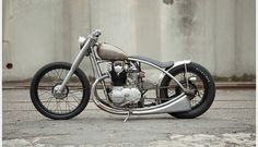 Yamaha XS650 - Holiday Customs
