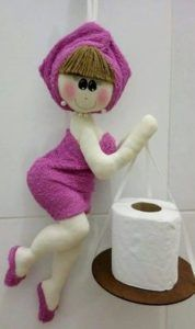 Discover thousands of images about Marina Baires Diy Home Crafts, Doll Crafts, Sewing Crafts, Sewing Projects, Diy Toilet Paper Holder, Toilet Roll Holder, Doll Patterns, Sewing Patterns, Bathroom Crafts