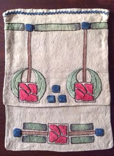 "Arts and Crafts Handbag. Embroidered Linen. America. Circa 1900-1910. 12"" x 9""."