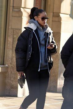 Rihanna Casual, Rihanna Outfits, Rihanna Street Style, Mode Rihanna, Urban Outfits, Casual Outfits, Cute Outfits, Fall Winter Outfits, Autumn Winter Fashion