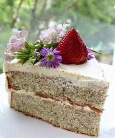 I love baking for occasions. No matter how busy I am, I will try my best to bake a nice cake for the family. Frankly speaking, family matte...