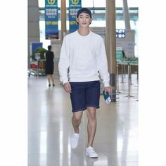 cool Kim Soo Hyun - [08/21/15] Photo from Incheon Airport. Kim Soo-hyun traveled to Australia to shoot the brand Beanpole Outdoor. Check more at http://kstarwiki.com/2015/09/04/kim-soo-hyun-082115-photo-from-incheon-airport-kim-soo-hyun-traveled-to-australia-to-shoot-the-brand-beanpole-outdoor/