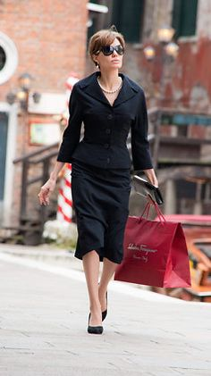The Tourist, 2010 the best looking movie and Angelina Jolie - Nur is Thinking Out Loud - Sapere aude