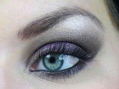 maquillage yeux gris bleu vert