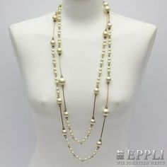 CHANEL exklusive lange Halskette, Koll. 2001. Länge ca. 190cm. NEUWERTIG!! NP. ca. 1.400,-€.
