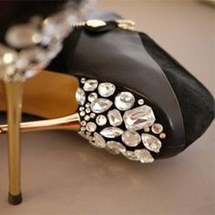 Here is a DIY on bejeweled shoes! We found this DIY originally on Honestly WTF. How amazing do these shoes look!