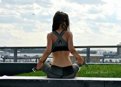 Ejercicios para abrir el pecho y posicionar hombros para invertidas #yoga #fit