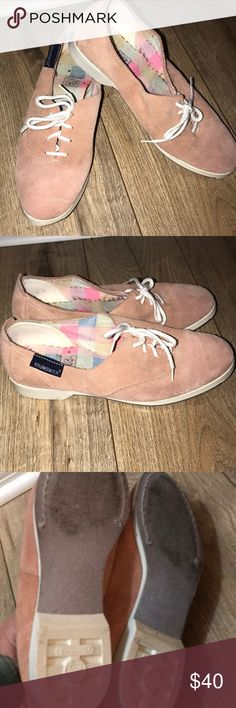 Vintage Women's Brunswick Bowling Shoes Vintage Women's Brunswick Bowling Shoes Size7 Suede pink size7 Preloved priced accordingly vintage brunswick Shoes Athletic Shoes