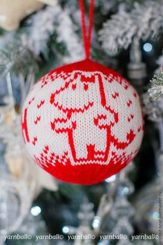 Christmas Wonderland, Christmas Baubles, Mittens, Happy New Year, Projects To Try, Knitting, Holiday Decor, Fabrics, Dots