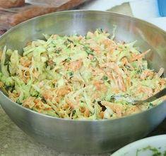 Hűsítő káposztasaláta csodás öntettel - a nyár slágere lehet! - Blikk Rúzs Salad Recipes, Healthy Recipes, Potato Salad, Healthy Lifestyle, Cabbage, Food And Drink, Baking, Vegetables, Ethnic Recipes