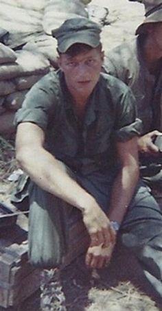 Virtual Vietnam Veterans Wall of Faces | ALPHONSE J MACCHIONI | MARINE CORPS