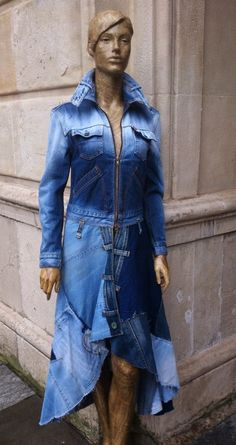 Denim Jacket Fashion, Denim Coat, Denim Outfit, Denim Jeans, Recycle Old Clothes, Recycle Jeans, Women's Straight Jeans, Denim And Lace, Recycled Denim