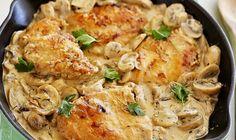 Κοτόπουλο με κρεμώδη σάλτσα μανιταριών, μουστάρδας και τυριού