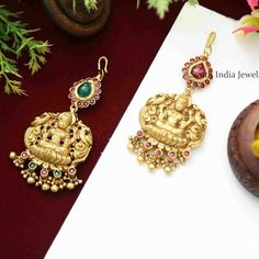 Temple Jewellery Designs By South India Jewels! Gold Earrings Designs, Jewellery Designs, Bridal Collection, Jewelry Collection, Indian Temple, South India, Temple Jewellery, Designer Earrings, Gold Jewelry