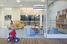 Lev-Gargir Architect based in Tel Aviv designed this space with Bauhaus principles in mind for the floor plans and elevations and worked with Sarit Shani Hay for the interiors. Kindergarten Interior, Kindergarten Design, Kids Play Spaces, Learning Spaces, Hunter Kids, Nursery School, Too Cool For School, School Design, Elementary Schools