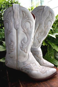 DAN POST El Paso White Ivory Distressed Leather Cowgirl Cowboy Boot Women 6 #DANPOST #WesternCowgirl