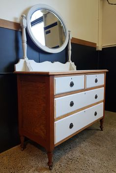 4 Drawer Shabby Chic Antique Dressing Table With Mirror Shabby Chic Antiques, Dressing Table Mirror, Refurbished Furniture, Drawers, Vanity, Stuff To Buy, Design, Home Decor, Dressing Tables
