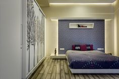 Image 18 of 23 from gallery of Hambarde Residence / Axis Design Studio. Photograph by Hemant Patil Bedroom Wall, Bed Room, Bedroom Ideas, Bed Back, Ground Floor Plan, Beautiful Bedrooms, Photo Studio, House Plans, Photograph