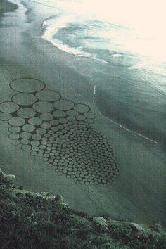 Jim Denevan - Sand circles