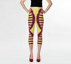 Rosa del DNA Capris/Yoga pantaloni Capris/Yoga di JUST3Js su Etsy