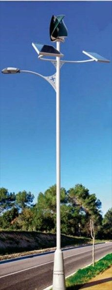 Φωτισμός δρόμων αποκλειστικά από αιολική και ηλιακή ενέργεια | naftemporiki.gr