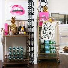 "Outstanding ""bar cart decor inspiration"" detail is offered on our site. Take a look and you wont be sorry you did. Diy Bar Cart, Gold Bar Cart, Bar Cart Styling, Bar Cart Decor, Bar Carts, My First Apartment, Apartment Living, Apartment Goals, Outside Bars"