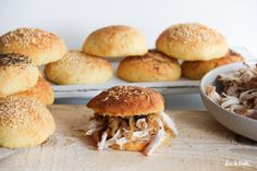 Burger mit pulled Turkey (gezupfte Pute) - einfache Methode im Backofen