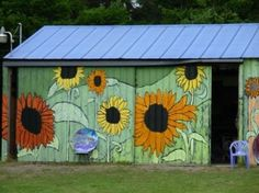 More cool gardens, garden art, and sheds
