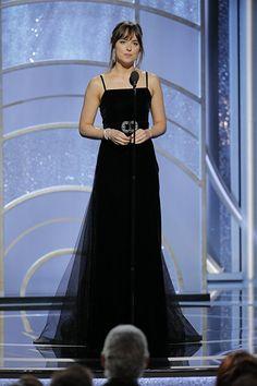 Dakota Johnson at Golden Globes Cr. Estilo Dakota Johnson, Dakota Johnson Style, Dakota Mayi Johnson, Tom Ford, Dakota Style, Dakota Jhonson, Award Show Dresses, Actrices Hollywood, Glamour