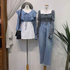 แฟชั่นสไตล์เกาหลี คุมโทนสีฟ้า ต้อนรับฤดูใบไม้ร่วง All Fashion, Korean Fashion, Fashion Sets, Street Fashion, Music Photo, Ulzzang Fashion, Beautiful Outfits, Beautiful Clothes, High Waisted Skirt
