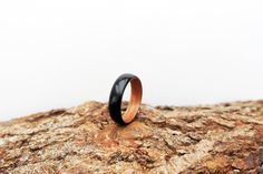 Ebony and Sapele bentwood ring. Handcrafted Jewelry, Rings For Men, Etsy Seller, Jewelry Design, Wedding Rings, Engagement Rings, Jewellery, Crafts, Handmade Chain Jewelry