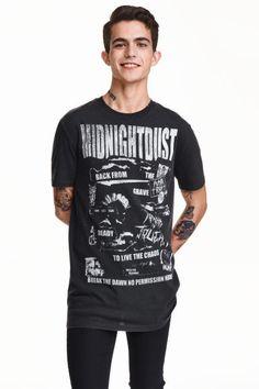 Тениска с принт: Тениска от памучно трико с принт.