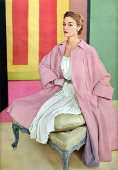 Vogue January 1952 - Jean Patchett / Conde Nast Archive